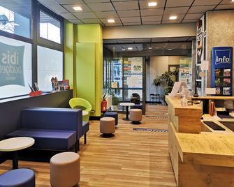 ibis budget Tours Centre Gare - Tours - Lounge