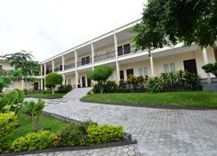 Amazing Beach Resort - Palu - Palu - Building