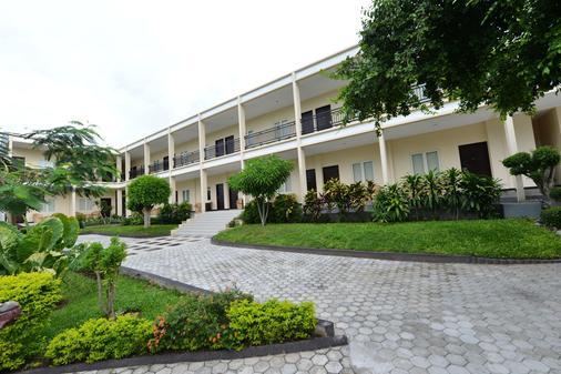 Amazing Beach Resort - Palu - Palu - Gebäude