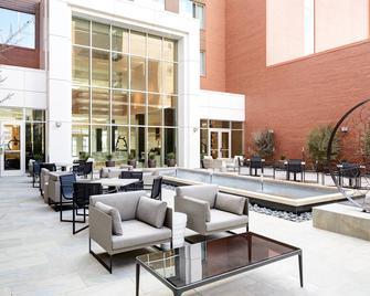 AC Hotel by Marriott Oklahoma City Bricktown - Oklahoma City - Patio
