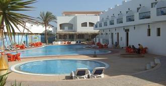 Ganet Sinai Resort - Дахаб - Бассейн