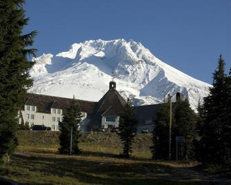 Timberline Lodge - Government Camp - Building