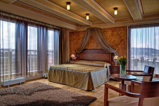 Majestic Plaza Hotel Prague - Prague - Bedroom