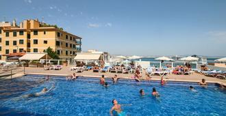 Hotel Amic Horizonte - Palma de Mallorca - Pool