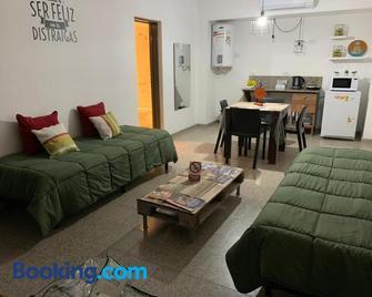 Departamentos Temporales Alberdi - La Rioja - Living room