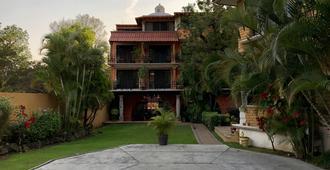Nican Mo Calli - Tepoztlán - Building