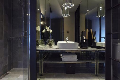 Best Louis Hamilton Hotel Haeundae - Busan - Bathroom