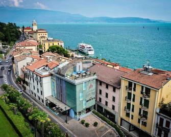 Atelier Hotel Design - Gardone Riviera - Outdoors view