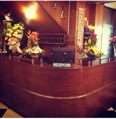 Hotel Confort Plus - Cochabamba - Front desk
