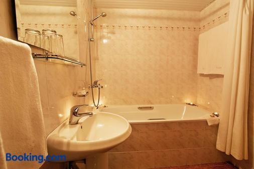 露拉克飯店 - 金沙 - 浴室