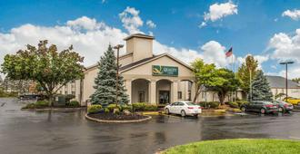 Quality Inn Austintown-Youngstown West - Youngstown