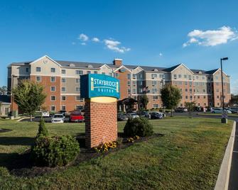 Staybridge Suites Harrisburg Hershey - Harrisburg - Building