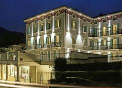 Mefuta Hotel - Gardone Riviera - Gebäude