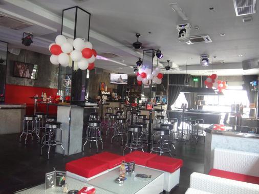 Access Inn Pattaya - Pattaya - Baari