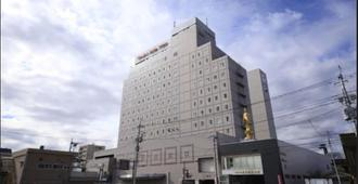 Kofu Washington Hotel Plaza - Kōfu - Building
