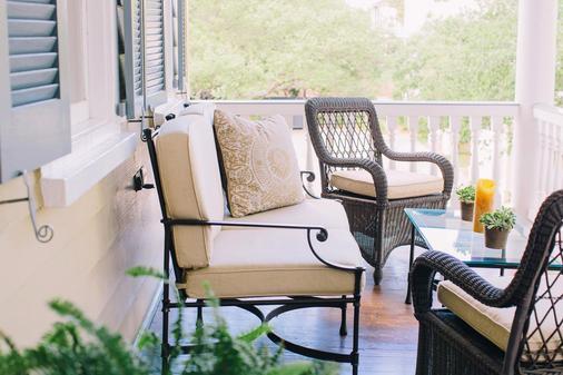 Zero George Street - Charleston - Balcony
