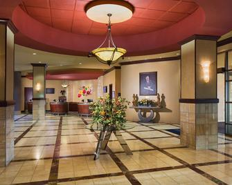 Embassy Suites by Hilton Charlotte-Concord-Golf Resort & Spa - Concord - Lobby