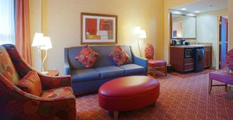 Embassy Suites by Hilton Charlotte-Concord-Golf Resort & Spa - Concord