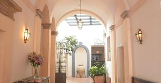 Palazzo Piccolomini - Orvieto - Recepción