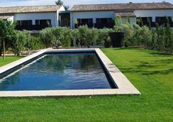 Bdesign & Spa - Paradou - Pool