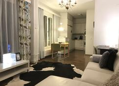 City Apartment - Jyväskylä - Sala de estar