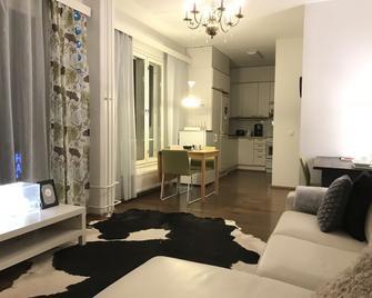 City Apartment - Jyväskylä - Living room