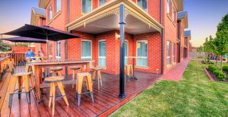 Best Western Plus Bolton on the Park - Wagga Wagga - Patio