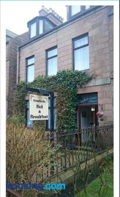 Crawfords Guest House - Peterhead - Building