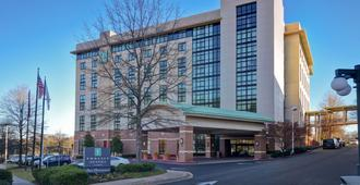 Embassy Suites by Hilton Hot Springs Hotel & Spa - Hot Springs