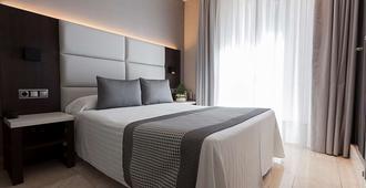 Hotel Europa - Pamplona - Habitación
