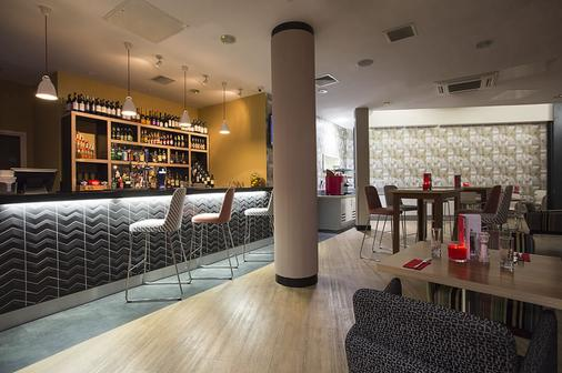Sleeperz Hotel Newcastle - Newcastle upon Tyne - Bar