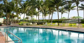 Holiday Inn Miami Beach-Oceanfront - Miami Beach - Piscina