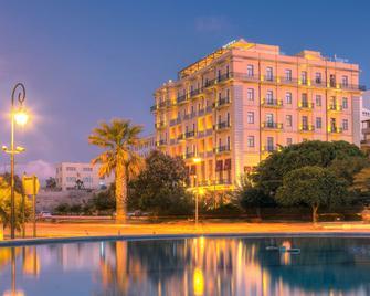 Gdm Megaron Historical Monument Hotel - Heraklion - Byggnad