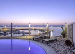 Cabo Verde Hotel - Mati - Uima-allas