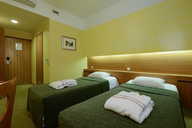 Hotel Bern by TallinnHotels - Tallinna - Makuuhuone
