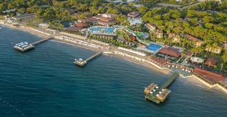 Crystal Flora Beach Resort - Göynük - Outdoors view