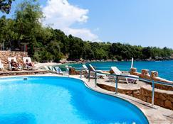 Holiday Resort Adriatic - Оребич - Бассейн
