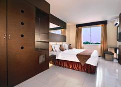 Aston Karimun City Hotel - Tanjung Balai - Slaapkamer
