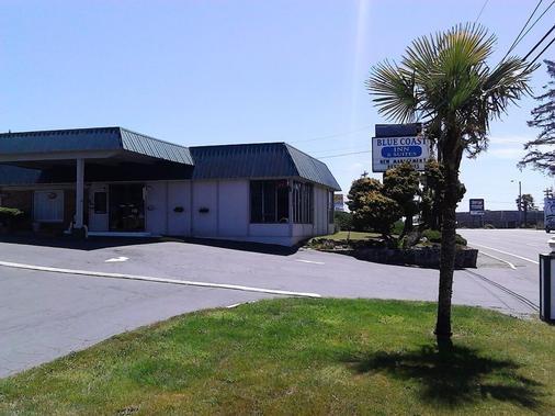 Blue Coast Inn & Suites - Brookings - Gebäude