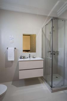 Fiesta Residences - Accra - Phòng tắm