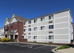 Extended Stay America - Cincinnati - Blue Ash - Reed Hartman - Blue Ash - Building