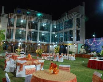 Hotel Ganpati Palace - Матхура - Здание