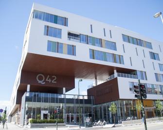 Hotel Q42 - Kristiansand - Gebouw