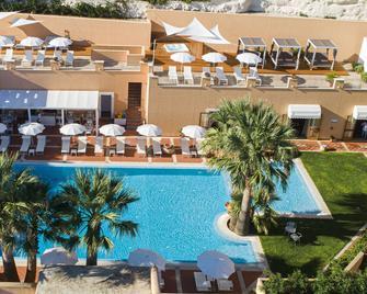 Hotel Punta Nord-Est - Castellammare del Golfo - Pool