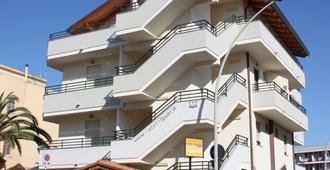 โรงแรมอัลแกร์ - อาลเกโร