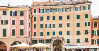 Albergo La Piazzetta - Rapallo - Edificio