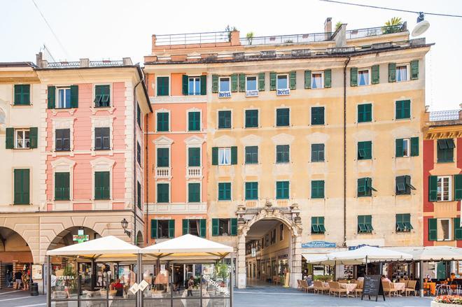 Albergo La Piazzetta - Rapallo - Κτίριο
