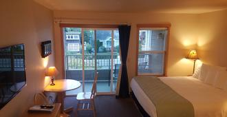 Sea Breeze Court - Cannon Beach - Habitación