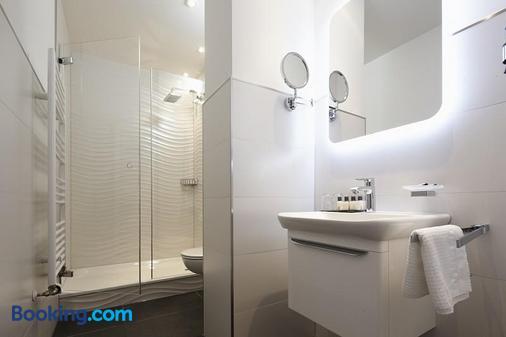 Bielefelder Berghotel - Bielefeld - Bathroom
