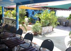 Metro Residences Hotel - Cap-Haïtien - Innenhof